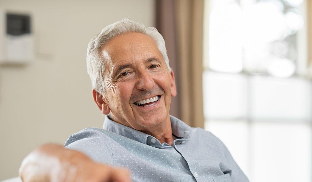 Zahnarztpraxis Dr. med. dent. Matthias Wolfgarten: Gesunde, schöne Zähne bis ins hohe Alter!